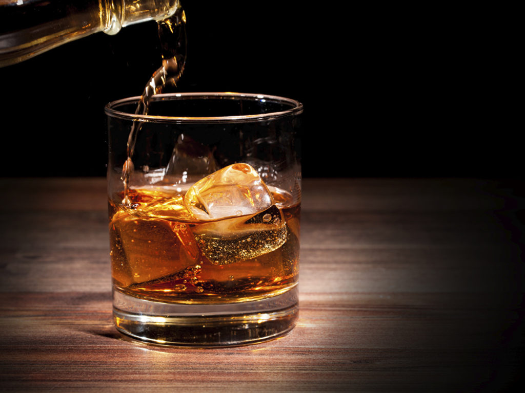 виски на кето диете, алкоголь на кетогенной диете