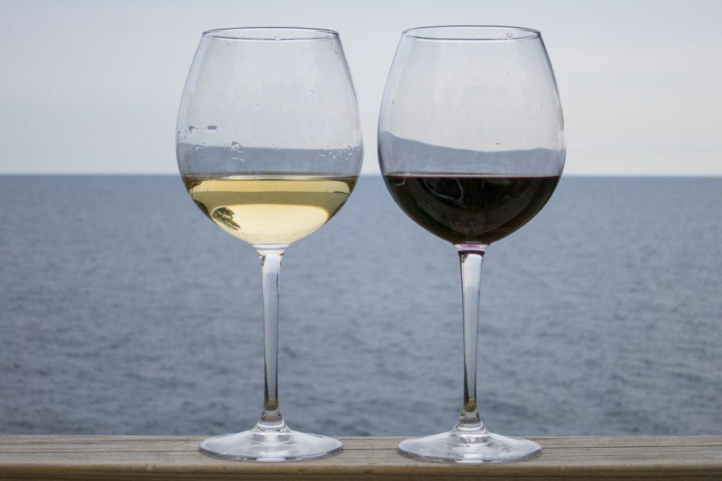 красное и сухое вино на кето диете, алкоголь на кетогенной диете