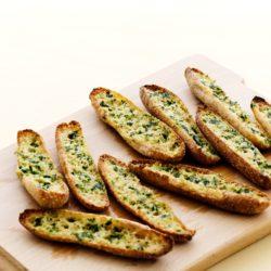 Кето-хлеб с чесноком