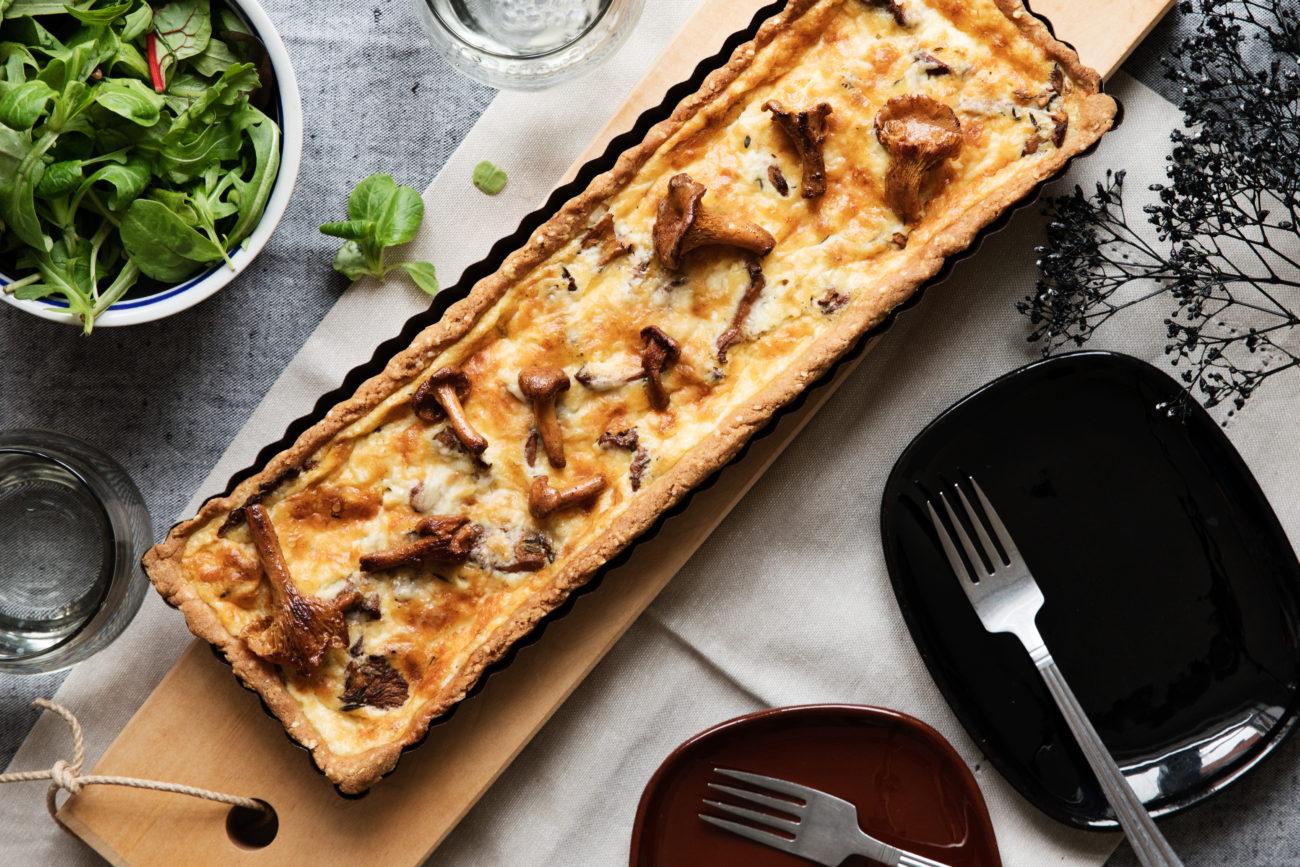 Сырный кето-пирог с лисичками