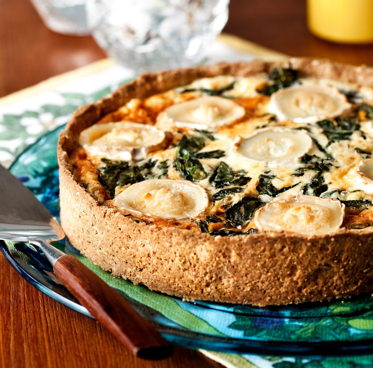 Кето-пирог со шпинатом и козьим сыром