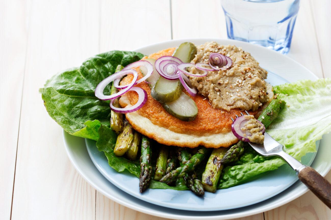 Низкоуглеводный вегетарианский чизбургер